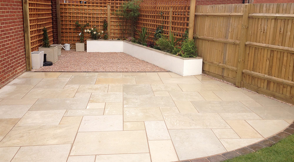 SNT Landscapes Patio and Paving in Horley