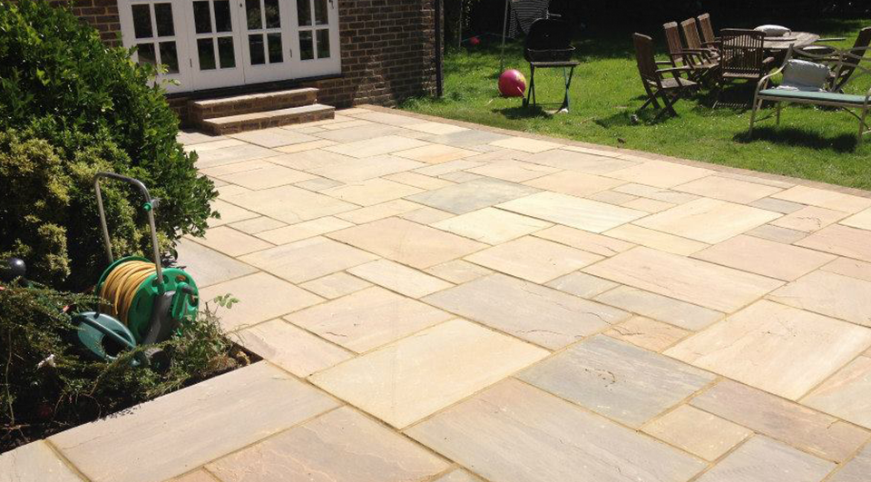 SNT Landscapes Patios and Paving Horley main